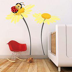 Faldekoráció Deluxe - katicabogár virágon